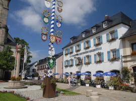 Gasthof Deutscher Adler und Hotel Puchtler, hotel near Fleckllift, Bischofsgrün