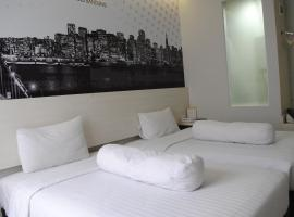 Vio Westhoff, hotel near Istana Plaza, Bandung