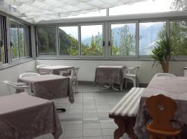 Gasthof Gemse, hotel a Planol