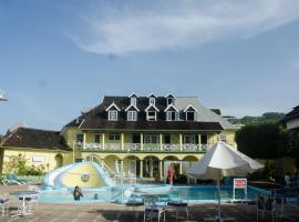Deluxe SandCastles Condos, accessible hotel in Ocho Rios