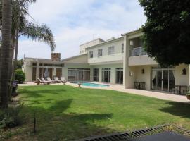 Caxton Manor B&B, bed & breakfast a Città del Capo