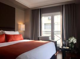 Carles Hotel, hotell i Buenos Aires