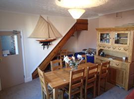 Halcyone Villa, vacation rental in Cowes