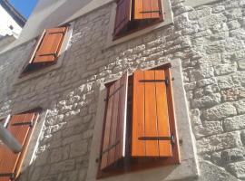 Villa Ruzica, hotel in Trogir