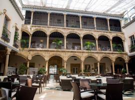 Palacio de los Velada, hotel en Ávila