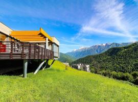 Skypark VILLAS, villa in Estosadok