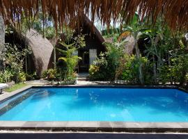 Zipp Bar Restaurant & Bungalows, hotel in Gili Air