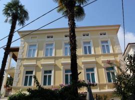 Rooms Alida, B&B in Opatija