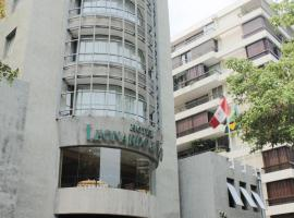 Hotel Leonardo da Vinci, hotel near KidZania Santiago, Santiago