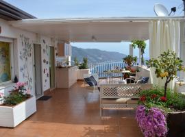 B&B L'Attico, hotel near Isola Bella, Taormina