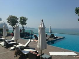 Wong Amat Tower - 65 SQM 1 BR Suite, hotel near The Sanctuary of Truth, North Pattaya