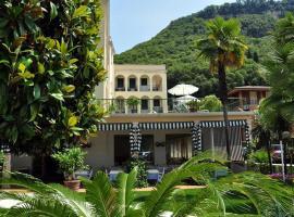 Hotel Terminus, hotel in Garda