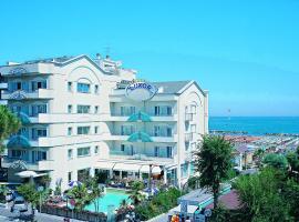 Hotel Luxor Beach, отель в Каттолике