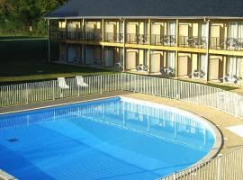 Adonis Hauts De Honfleur, hotel near Pont de Normandie, Équemauville