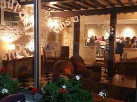 Hôtel Restaurant Le Mulberry Arromanches, hotel near Juno Beach, Arromanches-les-Bains