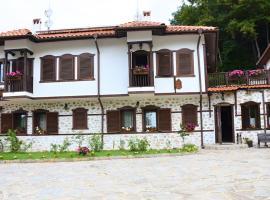 Динчова къща, хотел в Рожен