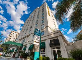 Quality Hotel Curitiba, hotel near Novo Batel Mall, Curitiba