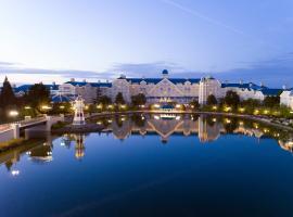 Disney's Newport Bay Club®, hotel in Chessy