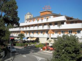Hotel Santa Cruz, hotel in Lignano Sabbiadoro