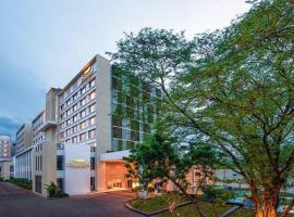 Feathers- A Radha Hotel, Chennai, hotel in Chennai