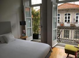 Maison Nos B&B, hotel near Lello Bookshop, Porto