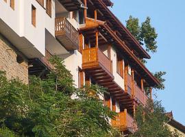 Hotel Asenevtsi, hotel in Veliko Tŭrnovo