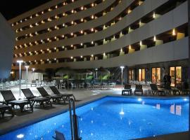 Ohtels Campo De Gibraltar, viešbutis mieste La Linea de la Konsepsjonas