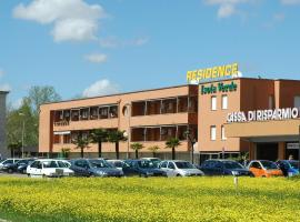 Residence Isola Verde Cisanello, serviced apartment in Pisa