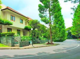 Puri Setiabudhi, hotel near Dusun Bambu, Bandung