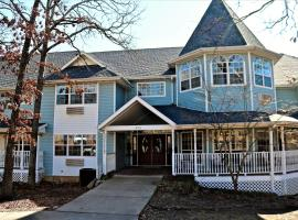 Bradford House Bed and Breakfast, vacation rental in Branson