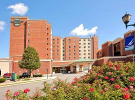 Homewood Suites by Hilton Edgewater-NYC Area, hotel near Woodlawn Cemetery, Edgewater