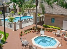 Homewood Suites by Hilton Fort Myers, hotel near Southwest Florida International Airport - RSW, Fort Myers