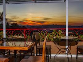 Le Savanna Cafe, hotel near Ivato Airport - TNR, Antananarivo