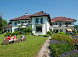 Villa Konstanze, Hotel in Velden am Wörthersee