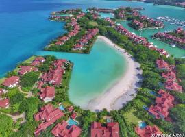 Eden Island Luxury Accommodation, hotel in Eden Island