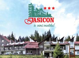 Hotel Iasicon, hotel din Lacul Roşu