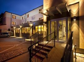 Hotel Viktor, hotel near Danubiana Meulensteen Art Museum, Bratislava
