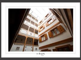 Hotel la Muñequilla, hotel en Miraflores de la Sierra