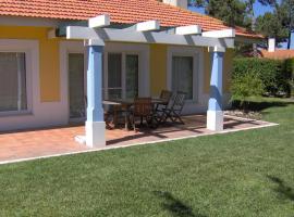 Aldeamento Turistico Casas da Comporta, hotel em Comporta