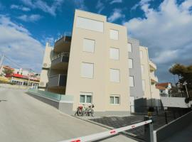 Apartment Magnolia, budget hotel in Podstrana