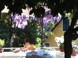 Hotel Pensione Moderna, hotel in Bonassola