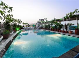 Hotel Taj Resorts, hotel in Agra