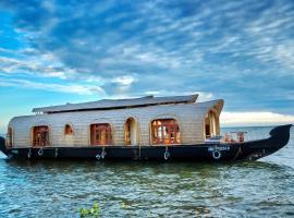 Aqua Castle Houseboat - by Aqua Jumbo Houseboats, boat in Alleppey