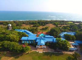 The Oasis Beach Resort, hotel in Hambantota