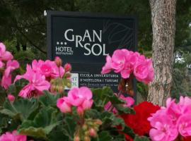 Gran Sol Hotel, hotel near Natural Park of Montseny, San Pol de Mar