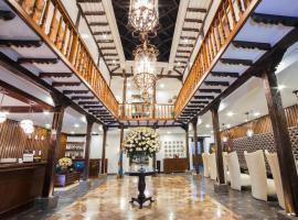 Felicia Hotel & Suites, hotel em Cuenca
