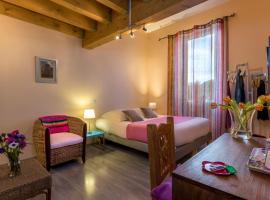 Les Chambres de Jeannette, hotel near Palais des Sports Marseille, Marseille