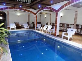 Hotel La Gran Sultana, hotel in Granada