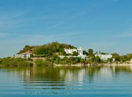Jaisamand Island Resort, resort in Udaipur