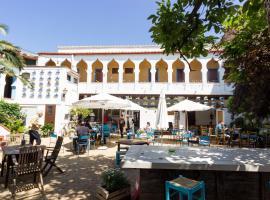Hostal l'Estrella, hotel in Palafrugell